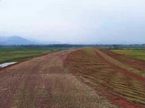 西湖镇:顺安河跃进圩水利工程顺利完工
